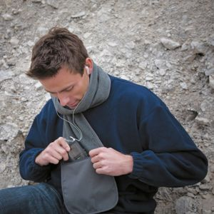 Polartherm™ fleece scarf with zip pocket Thumbnail