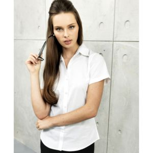 Women's signature Oxford short sleeve shirt Thumbnail